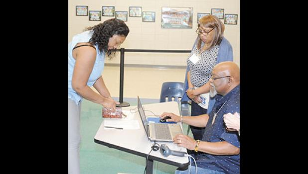 Duncan voters will head back to the polls on June 25 to settle a city council race.