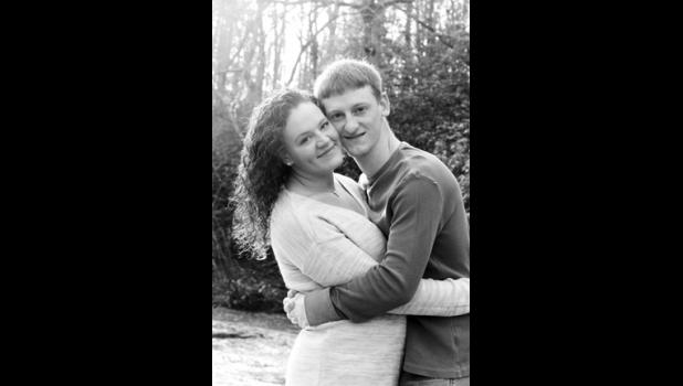 Miss Lauren Nicole Jeffords and Mr. Joel Glen Atkins