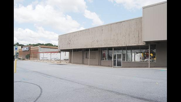 Demolition is underway at the Piedmont Marketplace in Greer. Parts of the Plaza have been vacant for nearly 10 years.